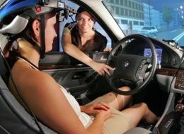 Testfahrerinnen und Testfahrer für Fahrsimulatorstudien gesucht