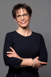 Angelika C. Bullinger-Hoffmann
