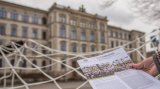 The first side of the new newsletter is shown in front of the main buildung of TU Chemnitz.
