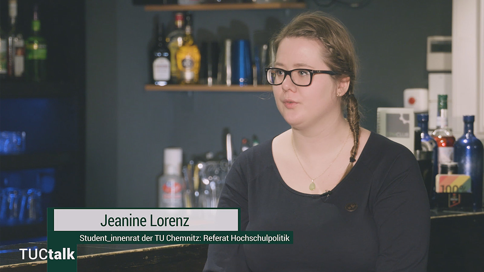 Picture of Jeanine Lorenz in a student club