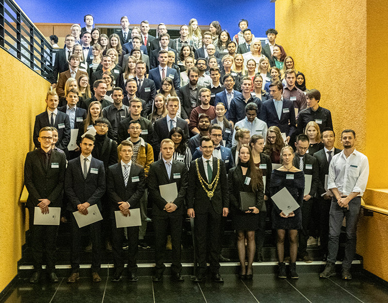 93 students of Chemnitz University of Technology