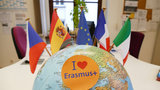 "A globe with the sign ""I love Erasmus+"""