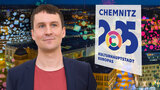 A collage with a man in a blazer next to the Chemnitz 2025 logo.