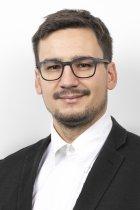 Portrait: Robin Kuzmowicz